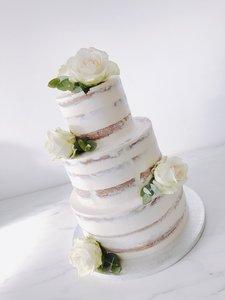 mariasweetcakery White wedding