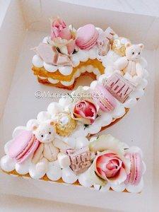 mariasweetcakery Cijfer cake beertjes