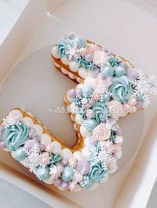mariasweetcakery Winter wonder cijfer cake
