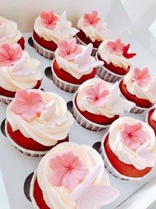 mariasweetcakeryRed Velvet Vlinder cupcakes